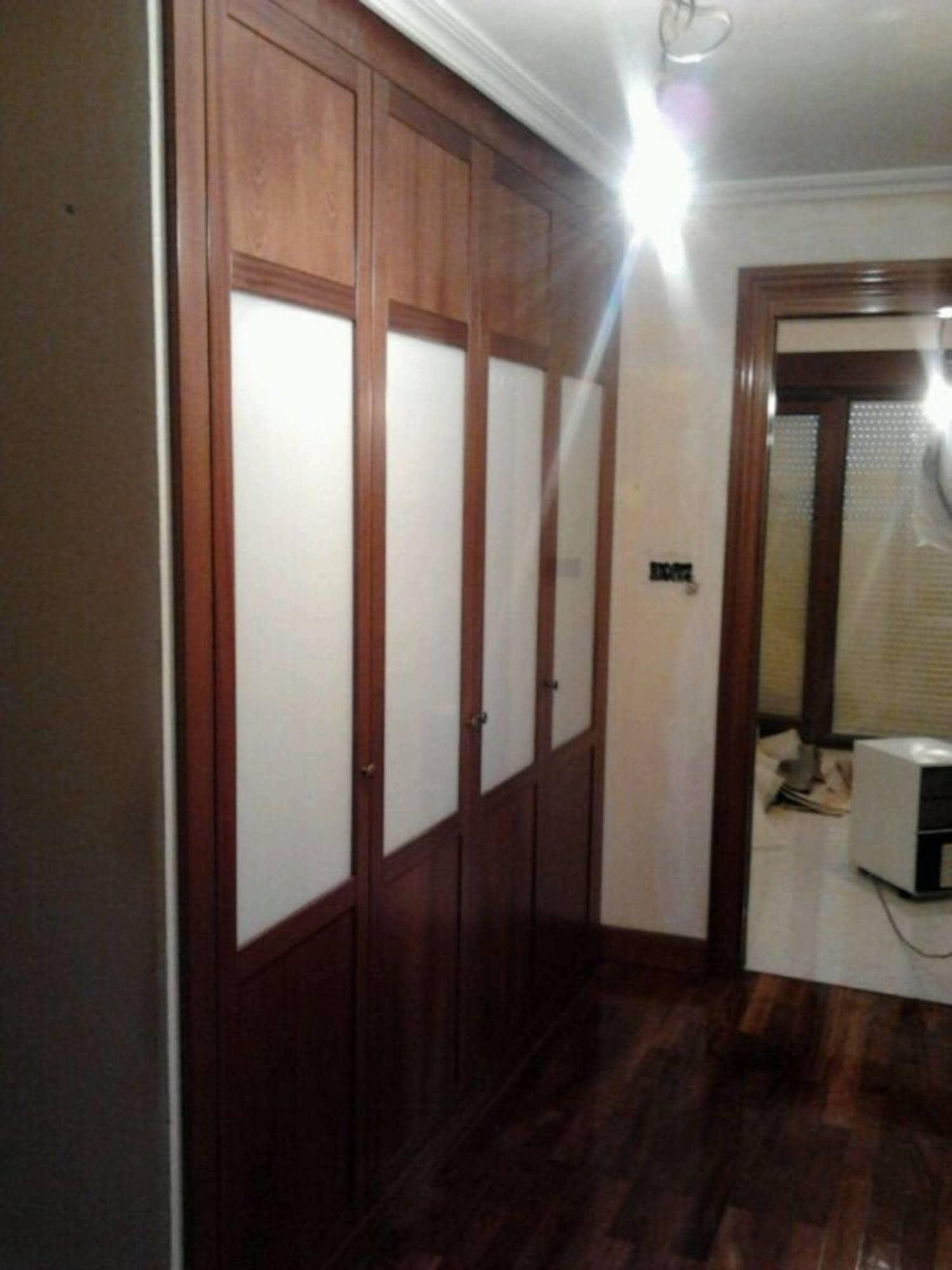 Encantador Madera Enmarcado Espejo Puertas Del Armario Elaboración ...
