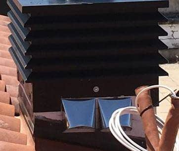 Terminación con tejadillo para campanas de cocina y ventilaciones