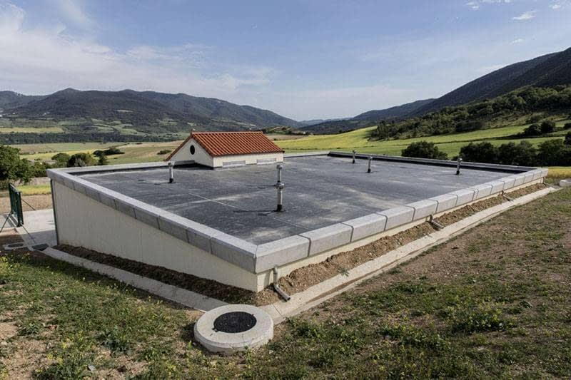 Extractores eólicos giratorios Turbovent para depósitos de agua