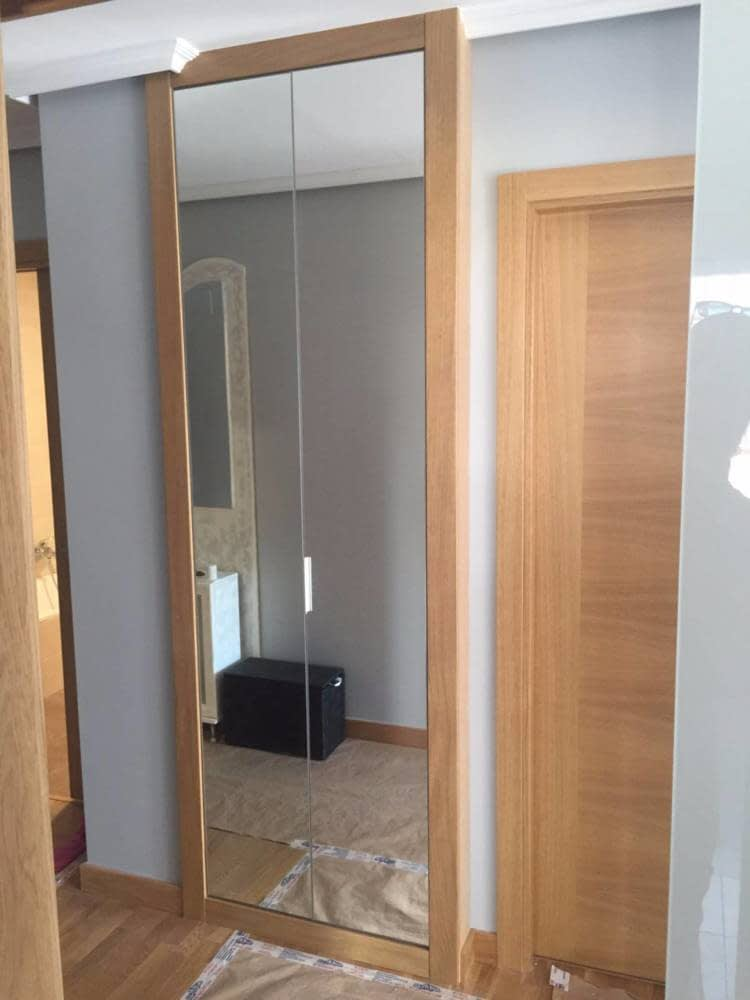 Espejos para puertas de armarios gallery of espejos para for Armario puerta espejo